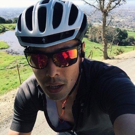 Dan Vu Quoc linkedin profile