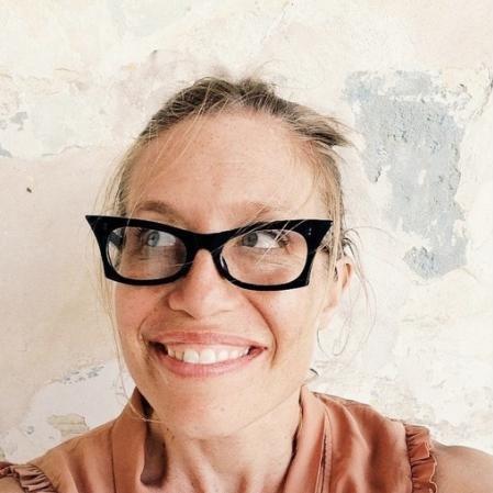 Lisa Beth Anderson linkedin profile