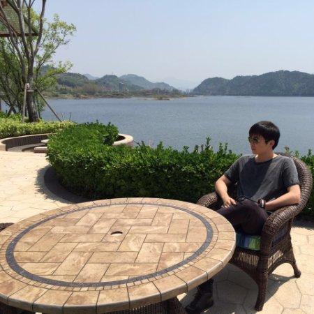 Yang Carey Chen linkedin profile