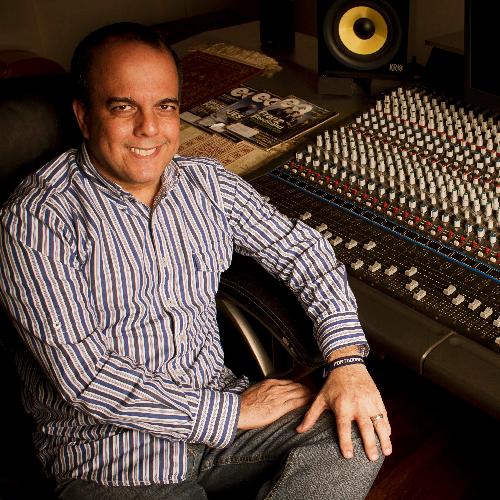 Victor Castillo linkedin profile