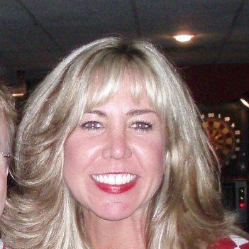 Leslie Davis linkedin profile