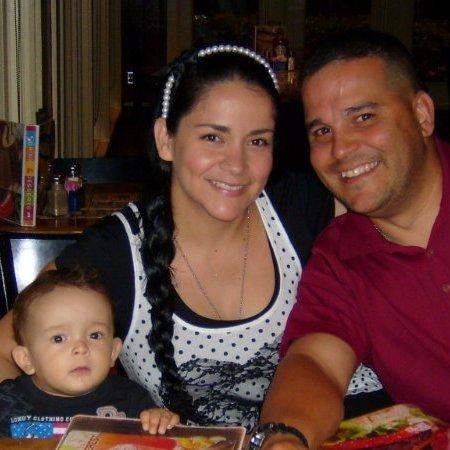 Luis y Vanessa Alvarado linkedin profile