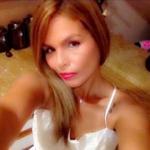 Elizabeth Santiago linkedin profile
