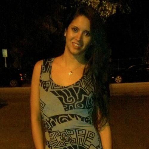 Vanessa Leon linkedin profile