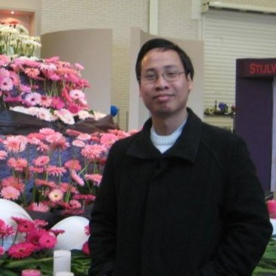 Tung Hoang Thanh linkedin profile