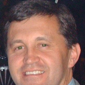 Ernesto Suarez linkedin profile