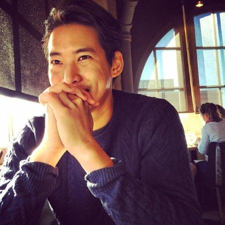 Victor Wang linkedin profile