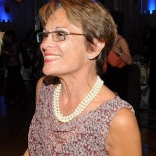 Elizabeth Brooks Gonsier linkedin profile