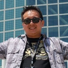 Qui Nguyen linkedin profile