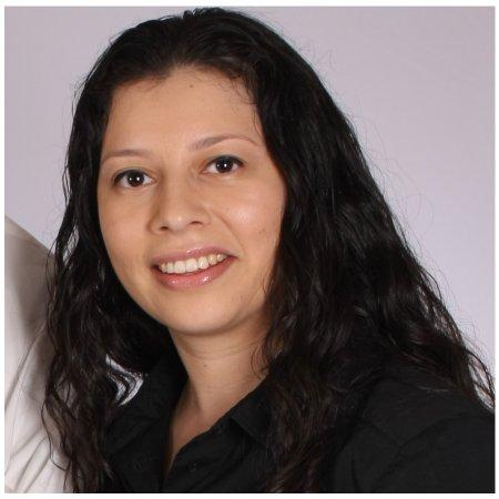 Miriam Flores linkedin profile