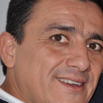 Victor Flores Fernandez, MD linkedin profile