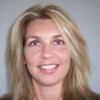 Lisa Martin (20K+ Open Networker) linkedin profile