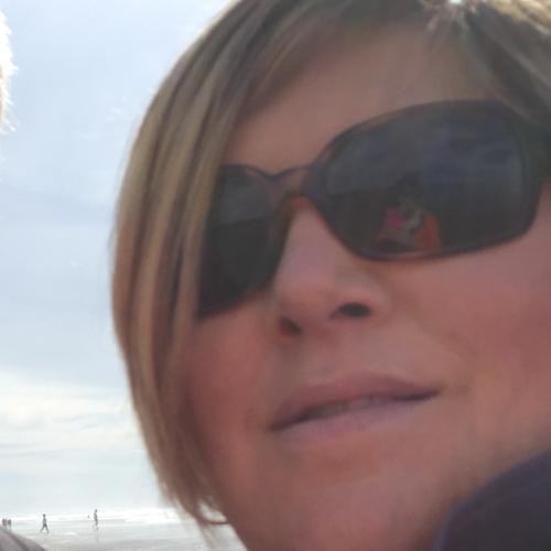 Davis Michelle (Chelle) linkedin profile