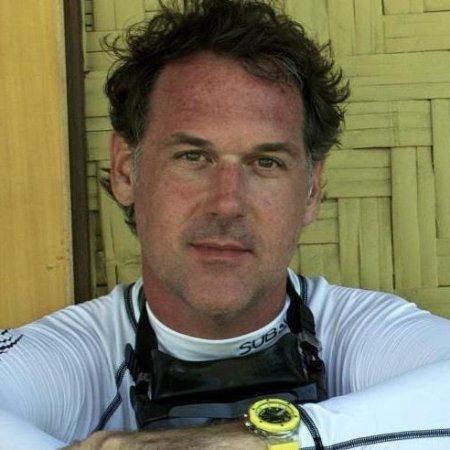 Lawrence Curtis linkedin profile