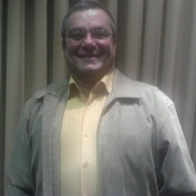 Alexander Leon Gonzalez linkedin profile