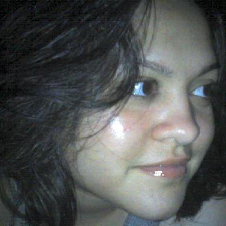 Yadira Flores linkedin profile