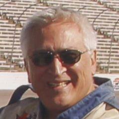 Julian Cardona linkedin profile