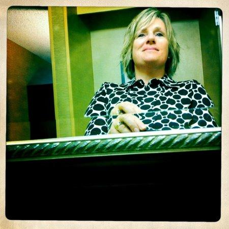 Danielle Smith Bruce linkedin profile
