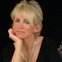 Paula Robinson Rossouw linkedin profile