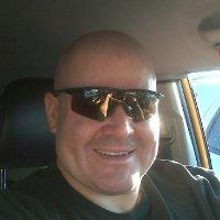 Max Flores linkedin profile
