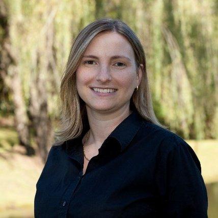Kelly Hiatt Thomas linkedin profile