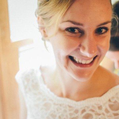 Kelly (Newlin) Kim linkedin profile