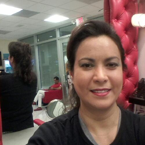 Gloria Aguirre linkedin profile
