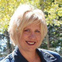 Laurie Marsh linkedin profile