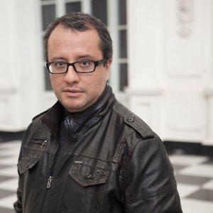 Eduardo Gonzalez Cueva linkedin profile