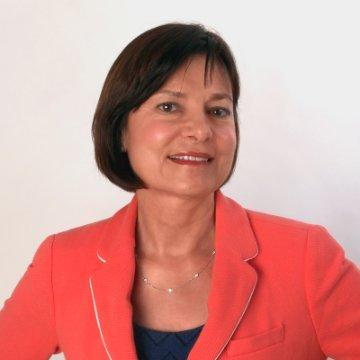 Esther Perez Apple linkedin profile