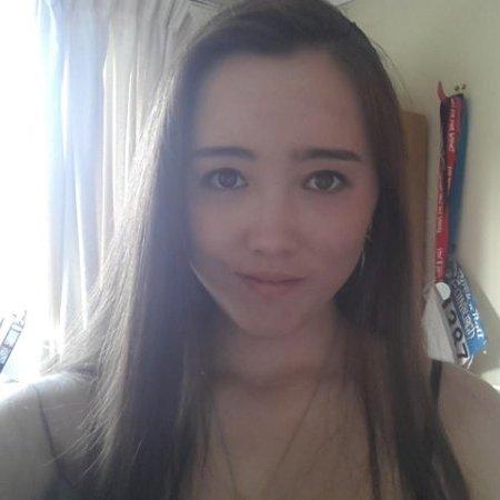 Carolyn Flores linkedin profile